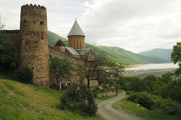 Fortified walls and church - Ananuri