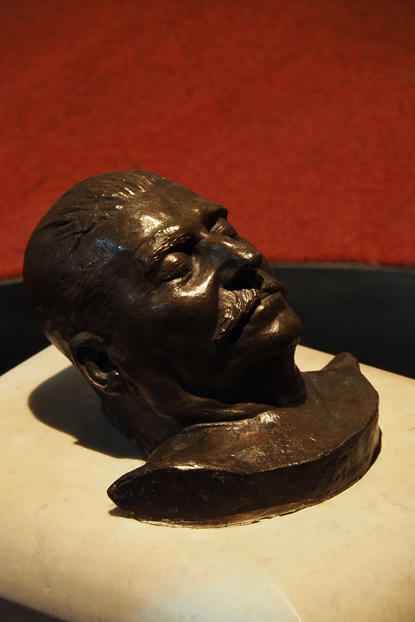 Stalin's death mask