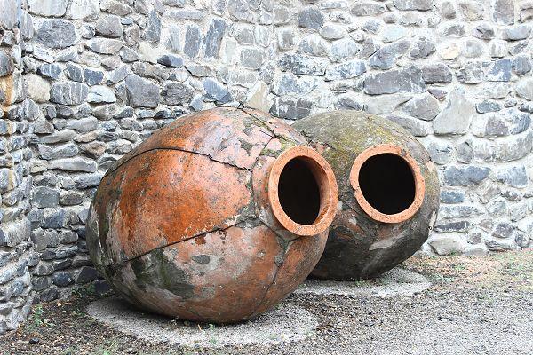 Qveri - wine making vessels